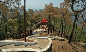 shri-kasar-devi-temple_1420884917